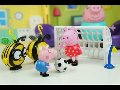 Pig George da Família Peppa Pig Ganha um Jogo de Futebol The Hive BuzzBee! Em Português