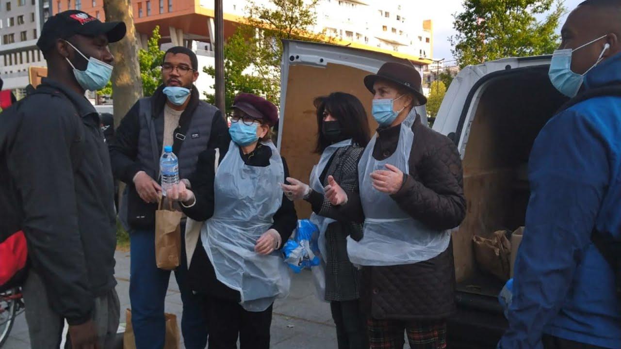-أيادي رمضان السخية-.. مبادرة باريسية لمساعدة محتاجين عصفت بهم جائحة كوفيد-19  - 15:58-2021 / 5 / 5