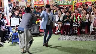양푼이품바 열두줄(김용임) 빽댄서 언니 리듬박수 웃음 일산 해수욕장 0713