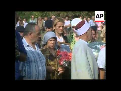 KOSOVO: KOSOVAR ALBANIANS KILLED AT CHECKPOINT: FUNERAL