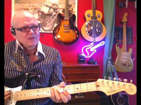 Living Next Door To Alice Smokey Lesson By Rogersgitar Youtube