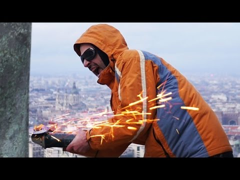 David Guetta - Titanium PARÓDIA ! Pamkutya