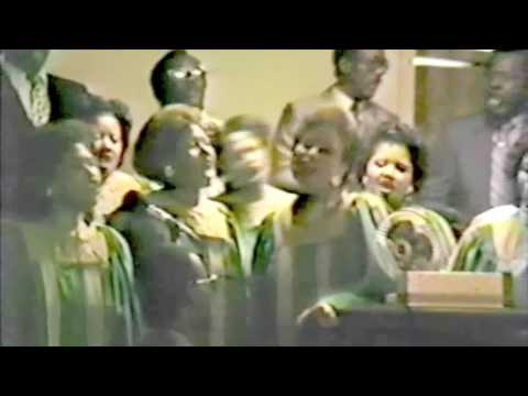 """Lord's Missionary Baptist Church Choir - """"I Can Go To The Rock"""""""