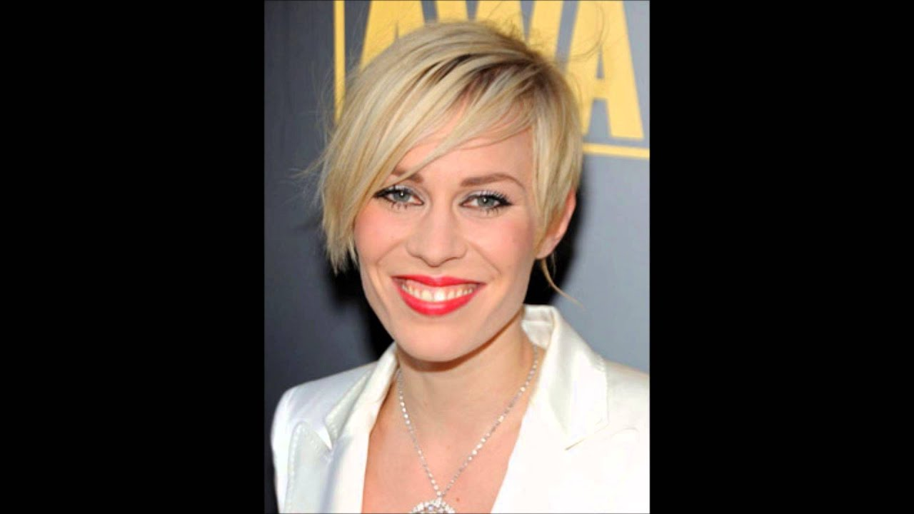 Hairstyles For Short Hair Over 60 With Glasses: Short Layered Hairstyles (Haircuts)