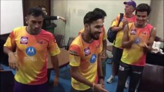 IPL - Rising Pune Supergiant Team Celebrate! Ankit Sharma Birthday Masti With Dhoni