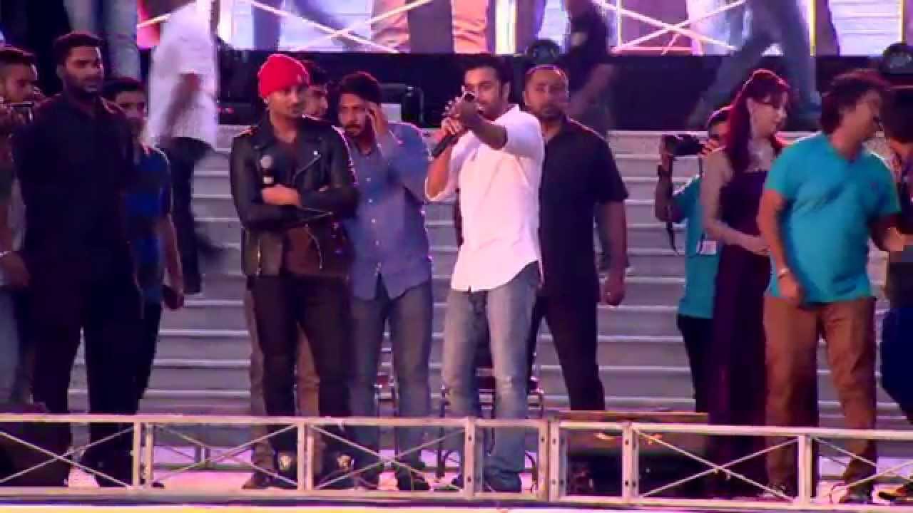 Kshitij Thakur Challenged yo yo Honey Singh ALS Ice bucket Challenge
