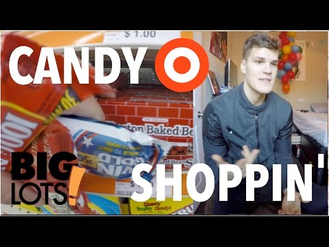 CANDY AND CHRISTMAS SHOPPING! | VLOG 0042