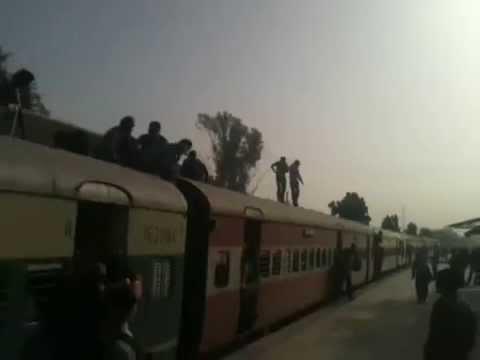 Demu Train Running between Anand - Khambhat