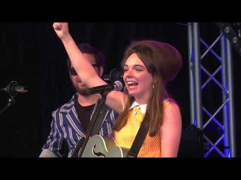 Emily Capell - Live At Kirstenbosch Gardens, Cape Town