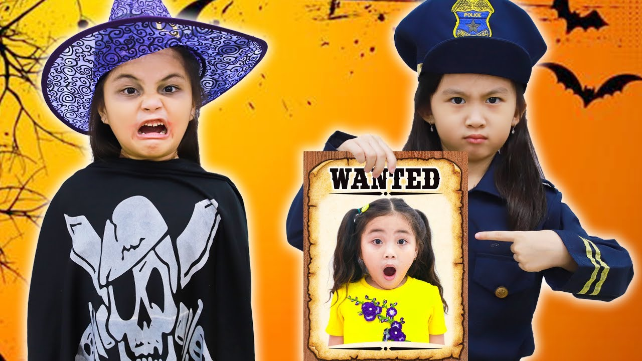 Annie Harry and Sarah Pretend Play Happy Halloween Police Jail Adventure
