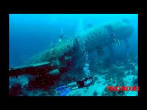 aviones, tanques y barcos hundidos en el fondo del mar, imagenes extrañas en el fondo del mar