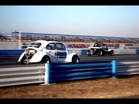 Drag VWs at Sacramento Raceway Air-cooled Volkswagens Speed down the Strip