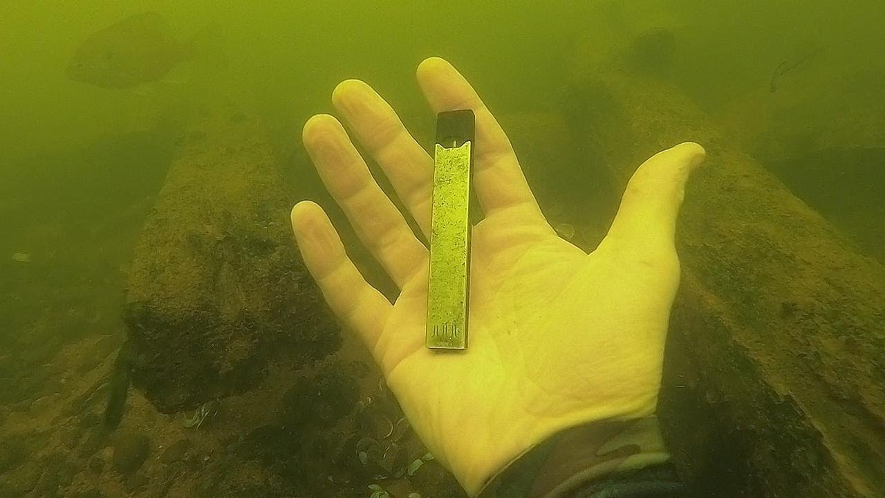 i-found-a-juul-underwater-in-the-river-while-scuba-diving-river-treasure