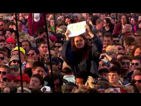 "Tame Impala ""The Moment"" live Glasto 2016"
