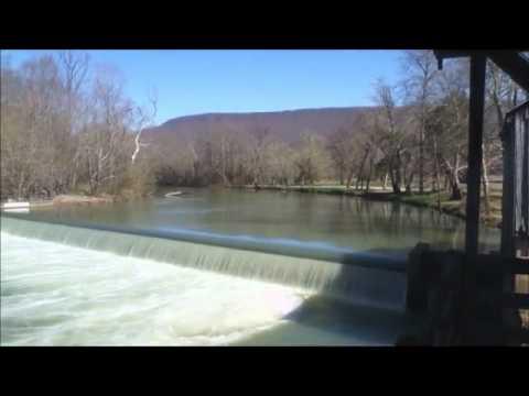 river_walk.mp4