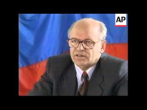 RUSSIA: PORT OF VLADIVOSTOK STRUGGLES TO ADAPT TO MARKET ECONOMICS