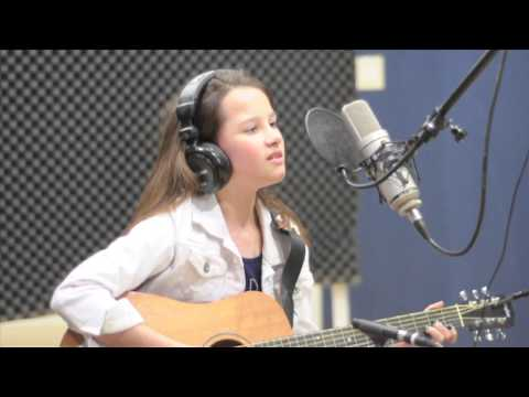 "George Gershwin ""Summertime"" Porgy & Bess Acoustic Cover by 10 year old Sophia Avocado"