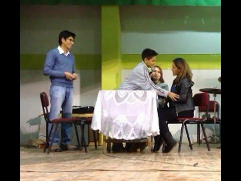 Obra de Teatro Juvenil   Amor por Facebook