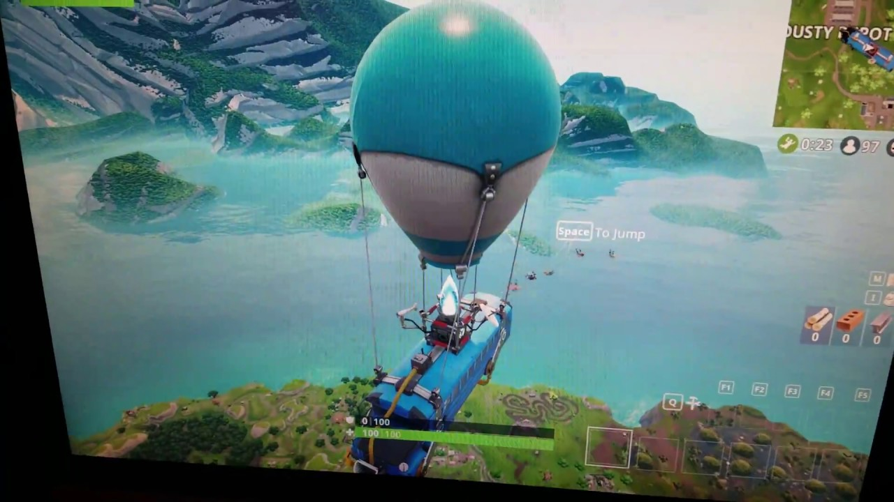 Playing Fortnite on my old Geforce 210 1GB Video Card (High Settings ...