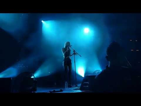 The Sam Willows @ The Coliseum - 220716: Some They Lie (Narelle)