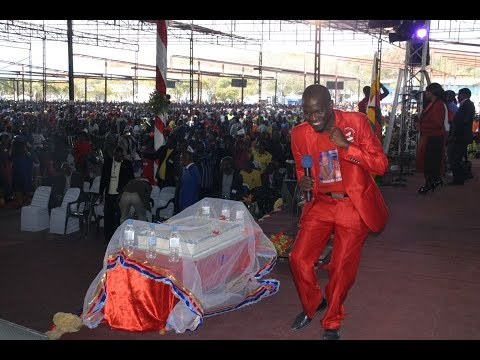 EBENEZER TIRI MUNYASHA (2016 Version) : REV CHIVAVIRO & FRIENDS