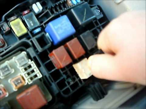2000 Corvette Fuse Box Diagram 2003 Toyota A C Relay Problems Youtube