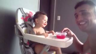 Baixar Bebe que tem a risada mais gostosa de ouvi do mundo