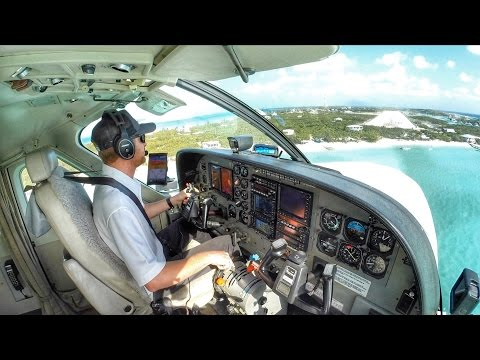 STRESSFUL MAX CROSSWIND LANDING IN THE BAHAMAS!
