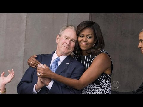 Bonding moment between former president Bush and Michelle ...