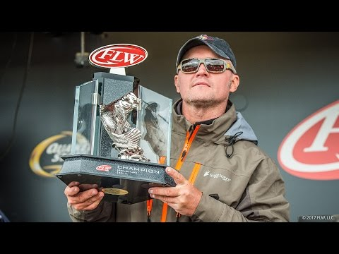FLW Tour | Beaver Lake | Winning Moment