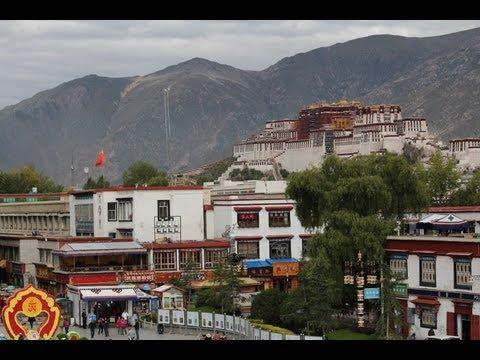 Qinghai-Tibet Railway Mountain Tree Snow Blue-Sky Tibet Cina 西藏