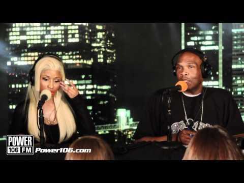 Nicki Minaj says the Alphabet in Spanish