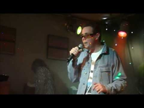 IMPERSONATORS KARAOKE SHOW - PART 5 - Colin - BON U1