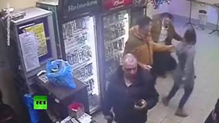 Standing after one punch, on the floor after two: Woman knocks out aggressive customer (DISTURBING)