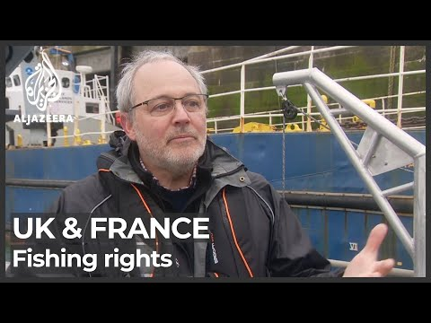 UK, France send patrol boats to Jersey amid fishing rights row