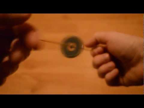 Thread Spinner - The Button-Thread Toy - Buzz Saw Toy