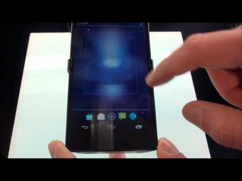 Video Anteprima MWC 2012 - Panasonic Eluga Power by Technology Android
