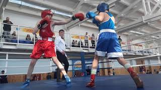Турнир по боксу в Уруссу: бой Железнова.
