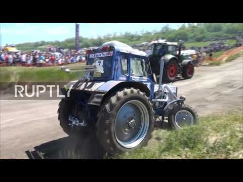 Russia: Through fire and water - see tractor race in Rostov Region