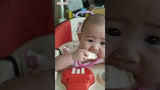 떡뻥 하니 I 떡뻥을 처음 맛 본 아기 I 5개월 아기…