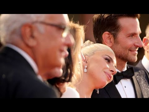 Bradley Cooper and Lady Gaga can´t hide their passion