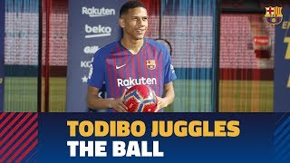 Todibo touches the ball at camp nou for first time