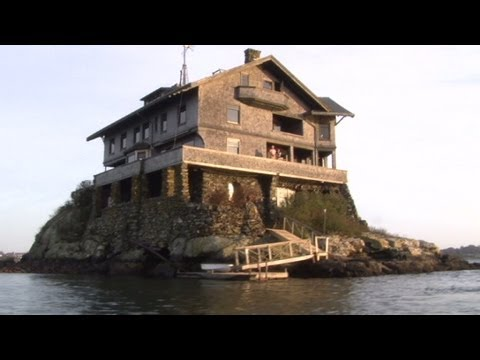home with 360 degree ocean views for 3600 - Clingstone Narragansett Bay