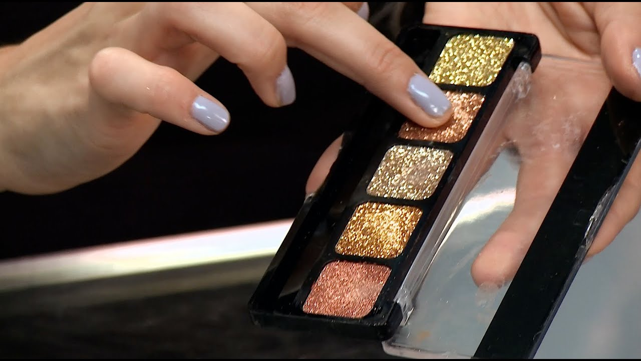BEST WAYS TO USE GLITTER EYESHADOW - YouTube