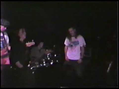 Pearl Jam - Even Flow (Seattle, 1990)
