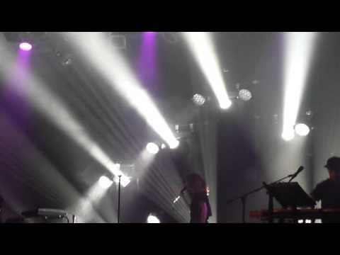 CHVRCHES - Dead Air (Music Hall of Williamsburg 7/23/15)