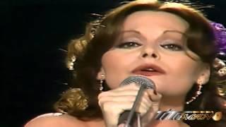 Repeat youtube video Ana Gabriel Vs Rocio Durcal Rancheras