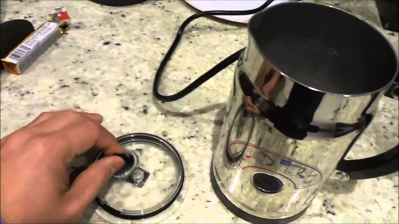 how to use the nespresso aeroccino plus milk frother make cappuccinos and lattes youtube. Black Bedroom Furniture Sets. Home Design Ideas