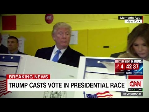 Lara Trump reacts to Donald and Eric peeking at ballot
