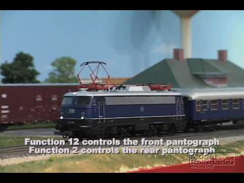 Model Railroader Roco Digital train set review